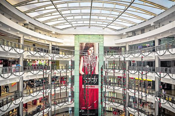 Forum-Vijaya-Mall-fan-grid